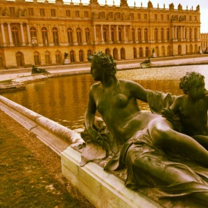 Versailles fountain statue 042814